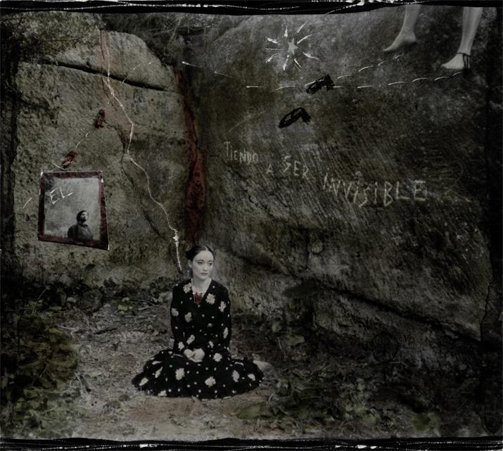 Suenos invisibles decía, 2008<br/>Fotografía analógica con tratamiento en la copia de papel fb / Analogic photograph treated print.