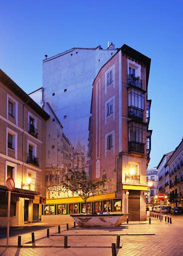 Spanish square, 2006<br/>Impresión cromogénica / Chromogenic print.