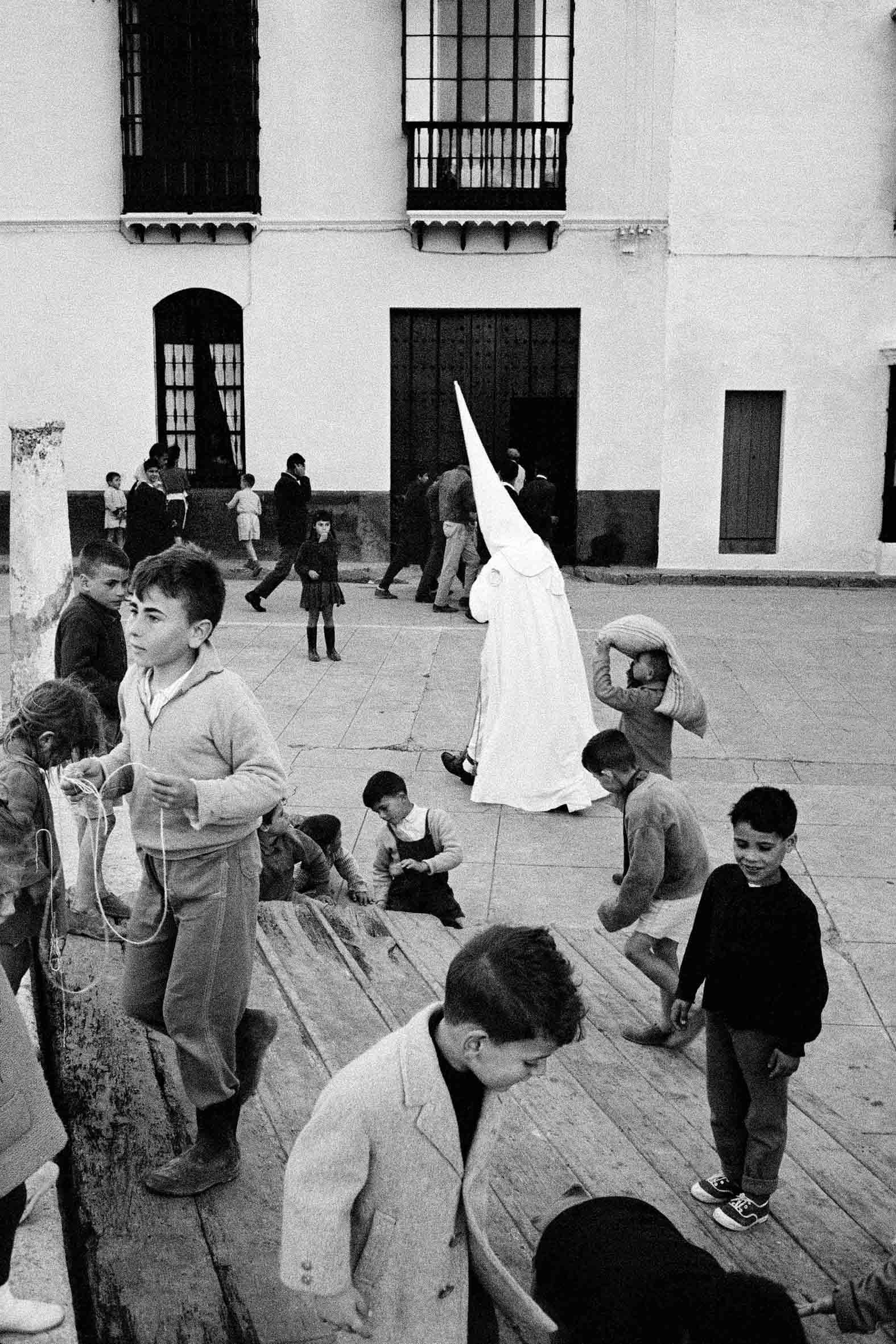 Medina Sidonia. Cádiz, 1959<br/>Gelatina de clorobromuro de plata con tratamiento de archivo al selenio / Silver gelatine with archival selenium treatment