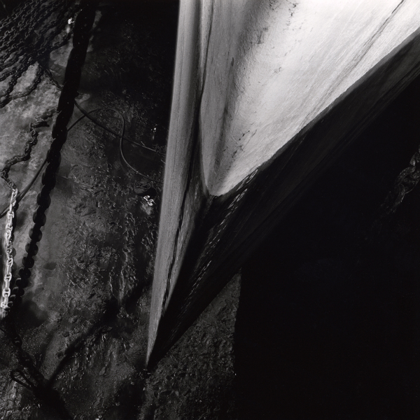 Assossec, 1980<br/>Gelatina de plata virada al selenio / Selenium toned silver gelatine.