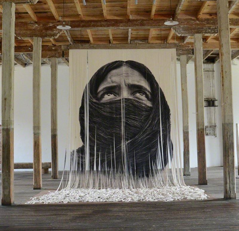 Burka, 2016<br/>Impresión digital sobre cáñamo / digital print on hemp