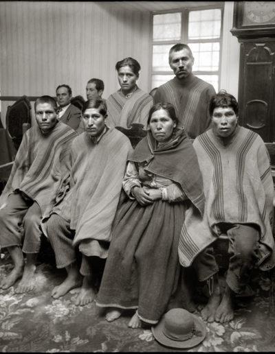 Campesinos en el juzgado, 1929<br/>Gelatina de plata / Silver gelatin print