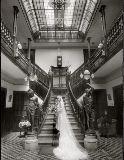 Novia en Casa de Montes, 1930<br/>Gelatina de plata / Silver gelatin print