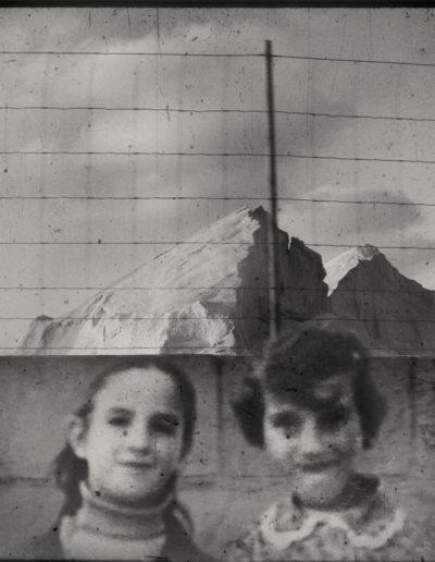 Serie Girlies, 2011<br/>Giclée sobre Epson Traditional Photopaper / Giclée on Epson Traditional Photopaper .