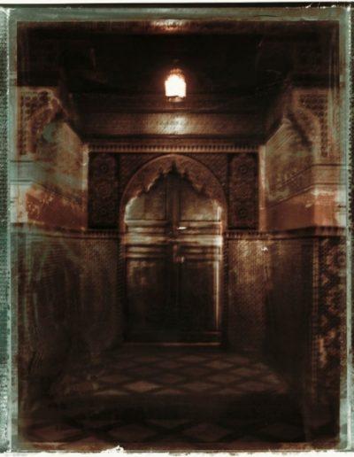 Porte De Ryad. Serie Fleur Au Henne. Marrakech, 2002<br/>Impresión de tintas de pigmentos / Inkjet