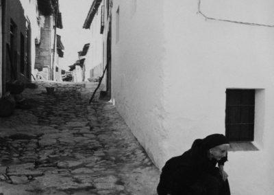 Ramón Masats. Guisando, 1964. 24 x 18 cm. Galería Blanca Berlín<br/>Gelatina de clorobromuro de plata con tratamiento de archivo al selenio / Silver gelatine with archival selenium treatment