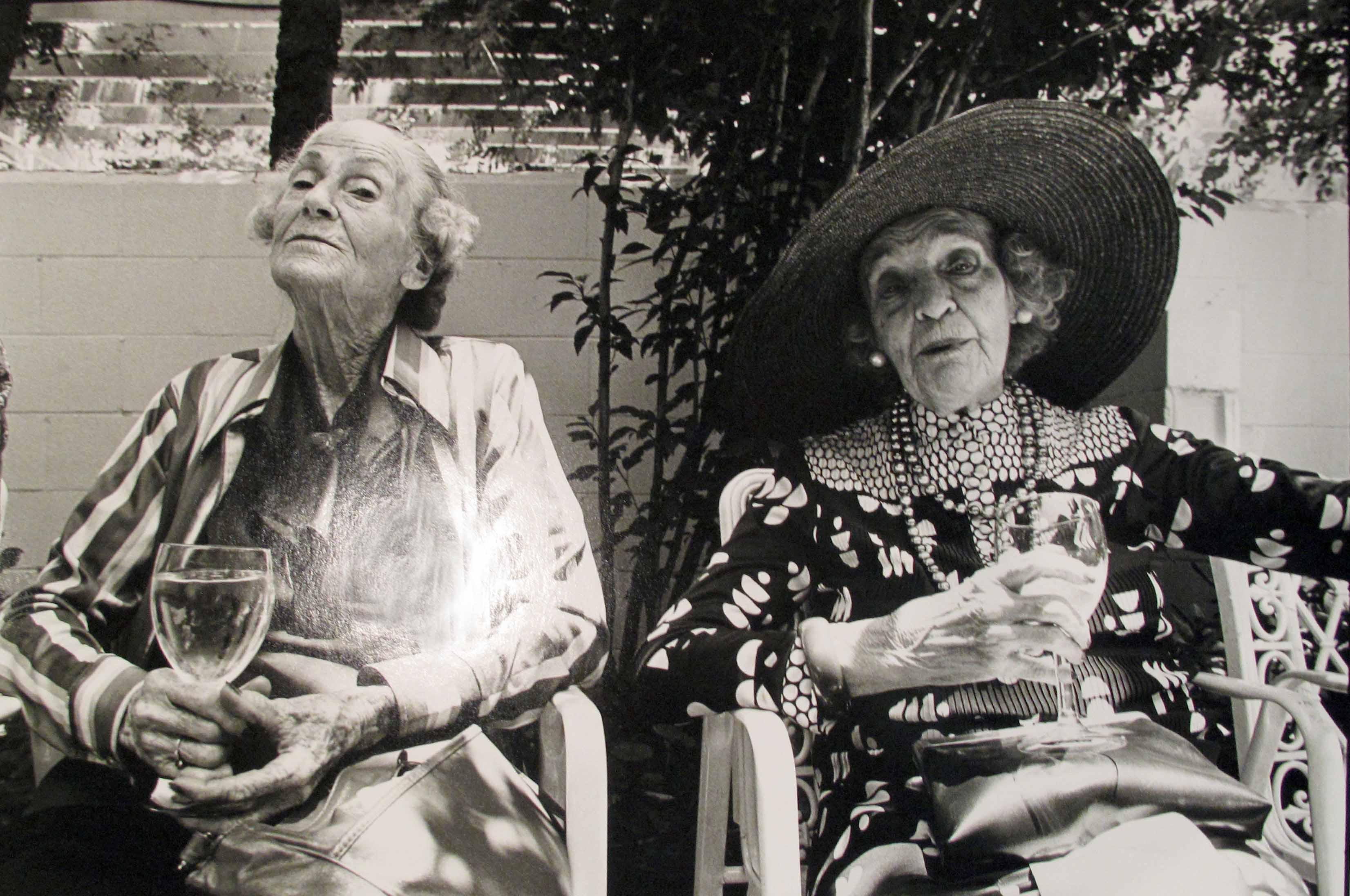 Two ladies in Charleston, 1984<br/>Gelatina de plata / Silver gelatin