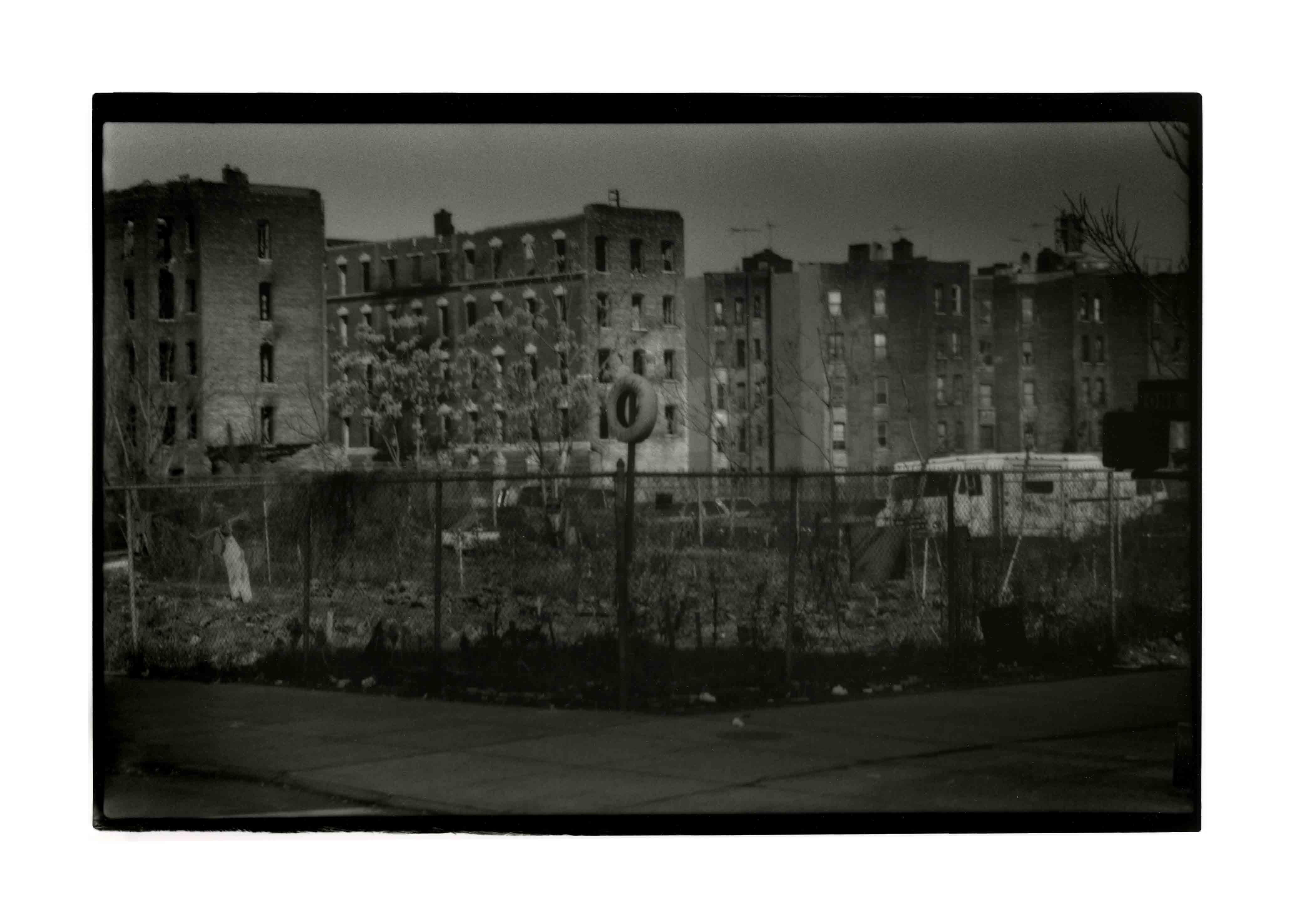 NY3, 1991<br/>Gelatinoclorobromuro de plata / Silver gelatin print