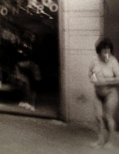 Barcelona, Fumadora desnuda. 1999<br/>Gelatina de plata / Silver gelatin