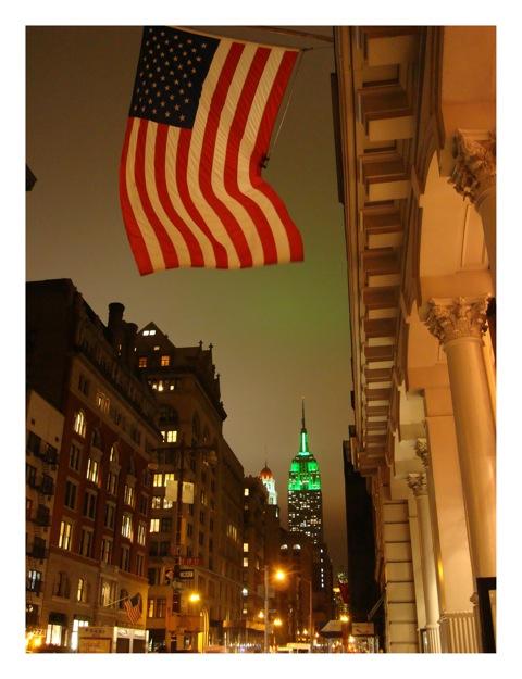 Flag on 5th<br/>Fotografía. Impresión digital con tintas de pigmentos / Photograph. Pigment inkjet print
