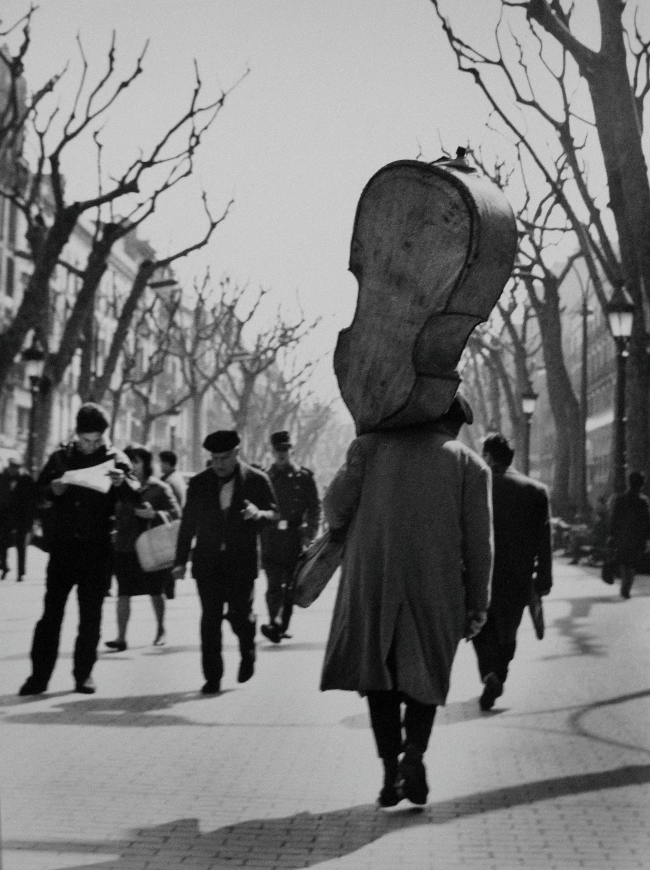 Camino del Liceo, 1964<br/>Gelatina de plata / Silver Gelatin