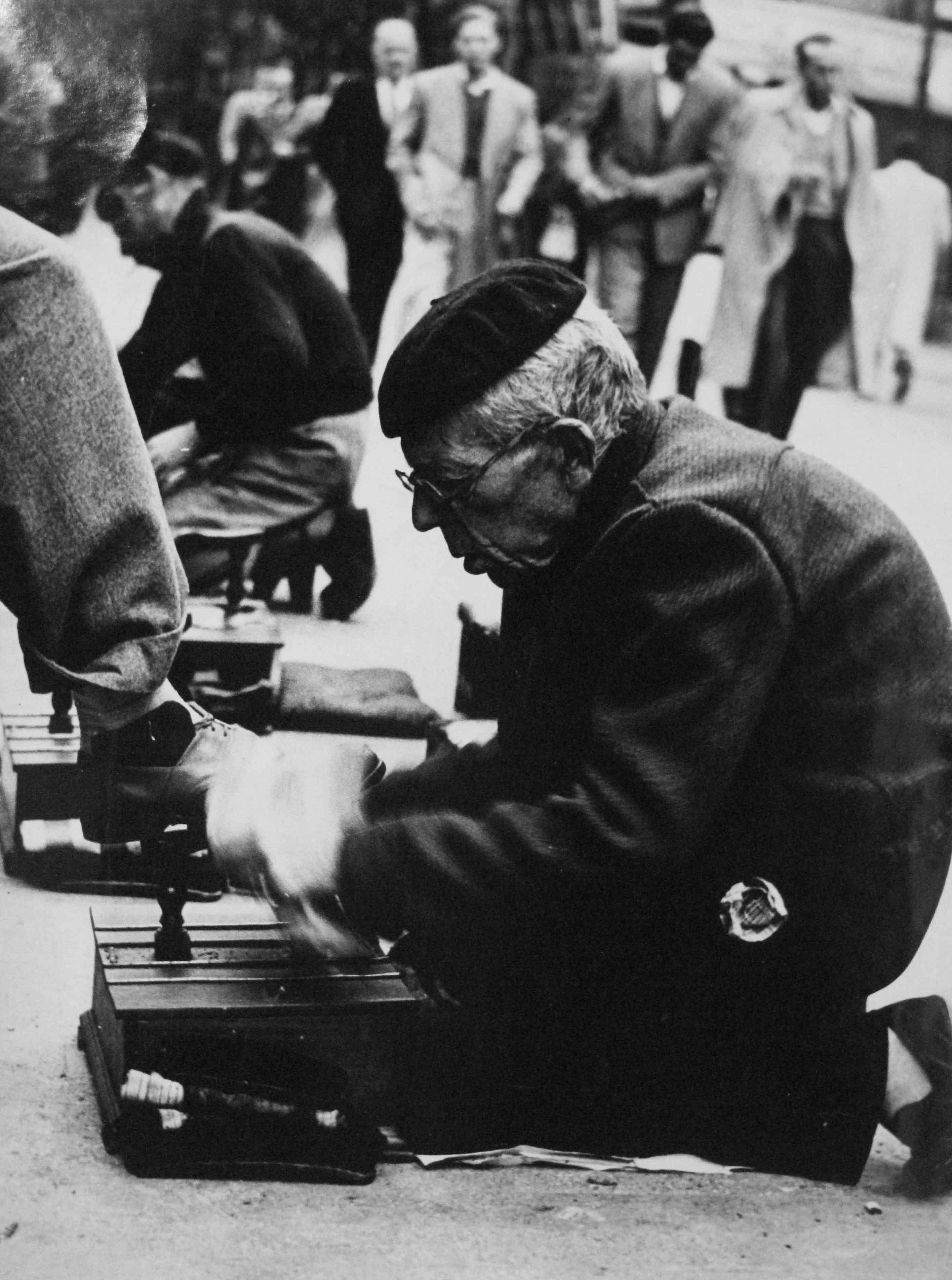 Las Ramblas. Barcelona, 1955<br/>Gelatina de plata / Silver gelatin