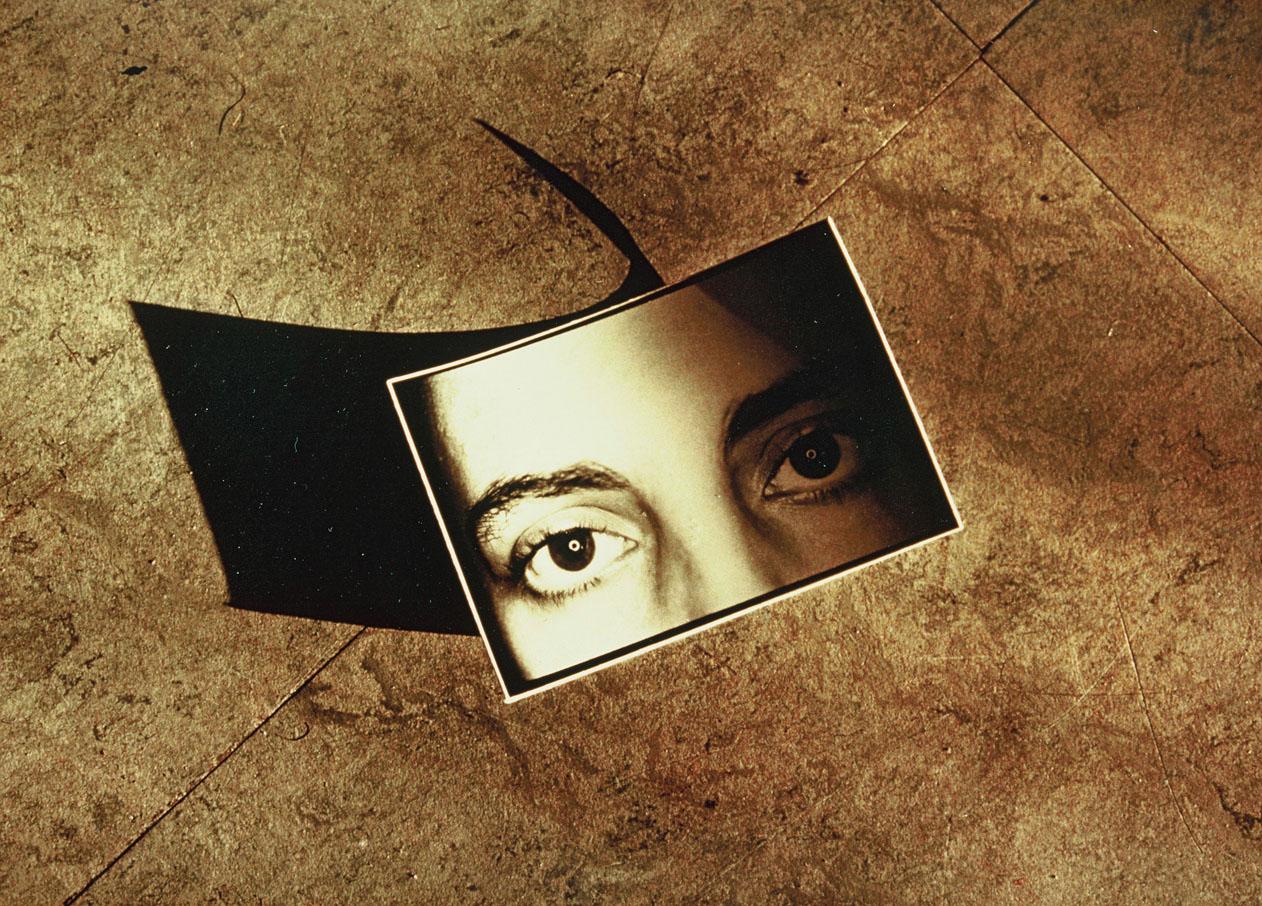 La sombra de tu mirada<br/>