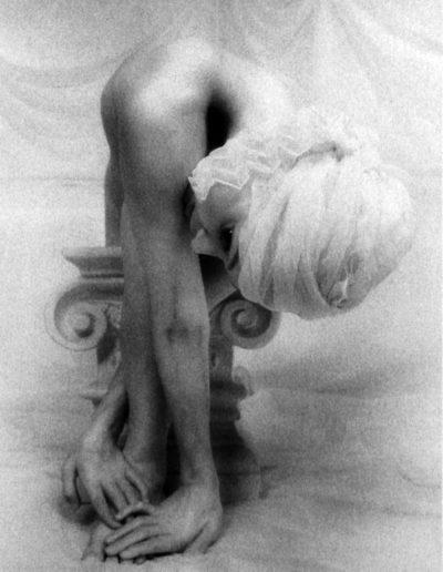 Lynn Bianchi. Caryatid VIII 1999<br/>