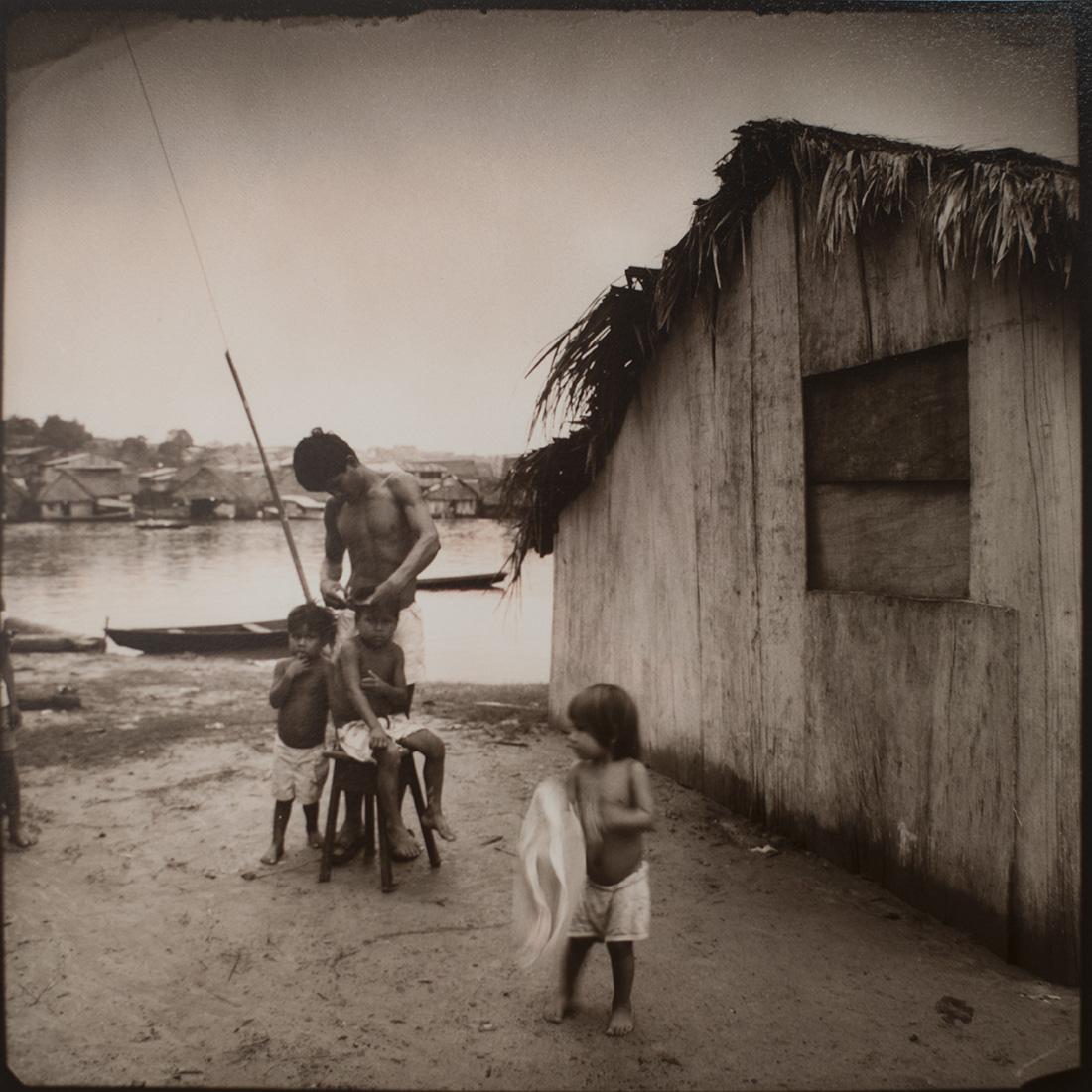 Barrio de Balú. Iquitos, 1995<br/>Virado de oro / Golden Toner