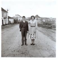 Virxilio Viéitez. Mari Nieves y su hermano, 1958<br/>