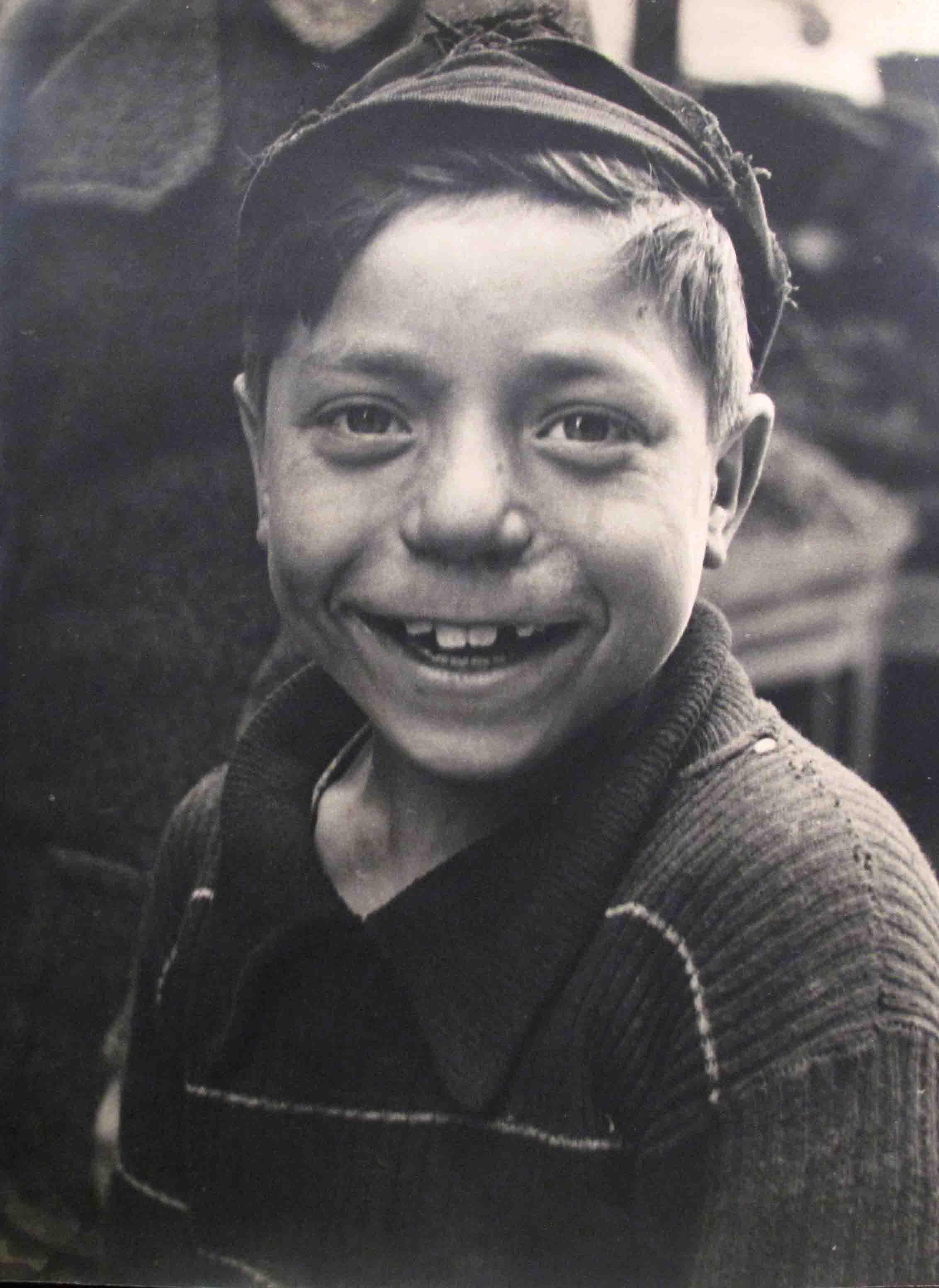 Nicolás Muller. Niño con boina, Francia, 1938<br/>