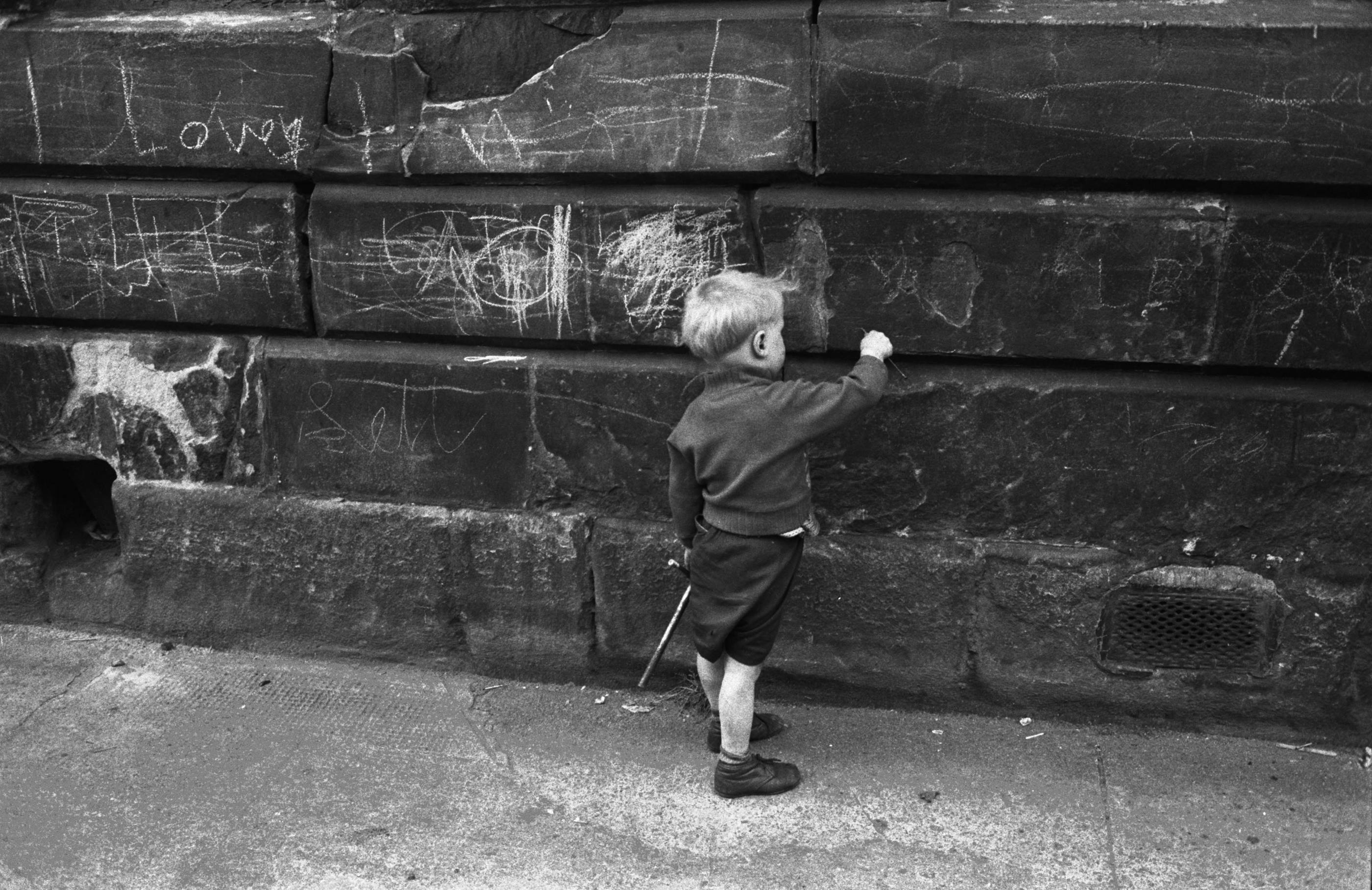 Young artist, Gorbals, Glasgow, 1968<br/>