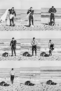 Ramón Masats<br/>El baño de Charlton Heston, peñíscola, 1961