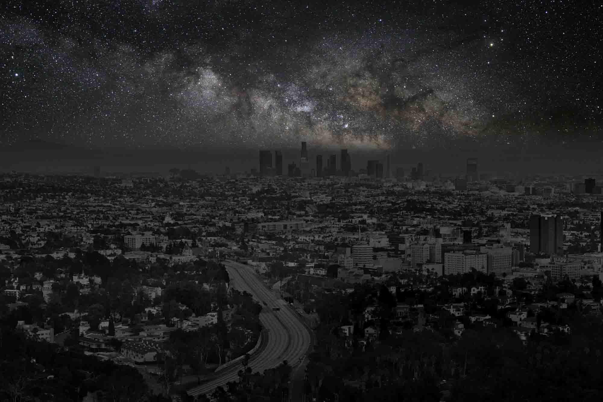 Los Angeles 34° 06' 58'' N  2012-06-15  lst 14:52<br/>Darkened Cities - Villes éteintes