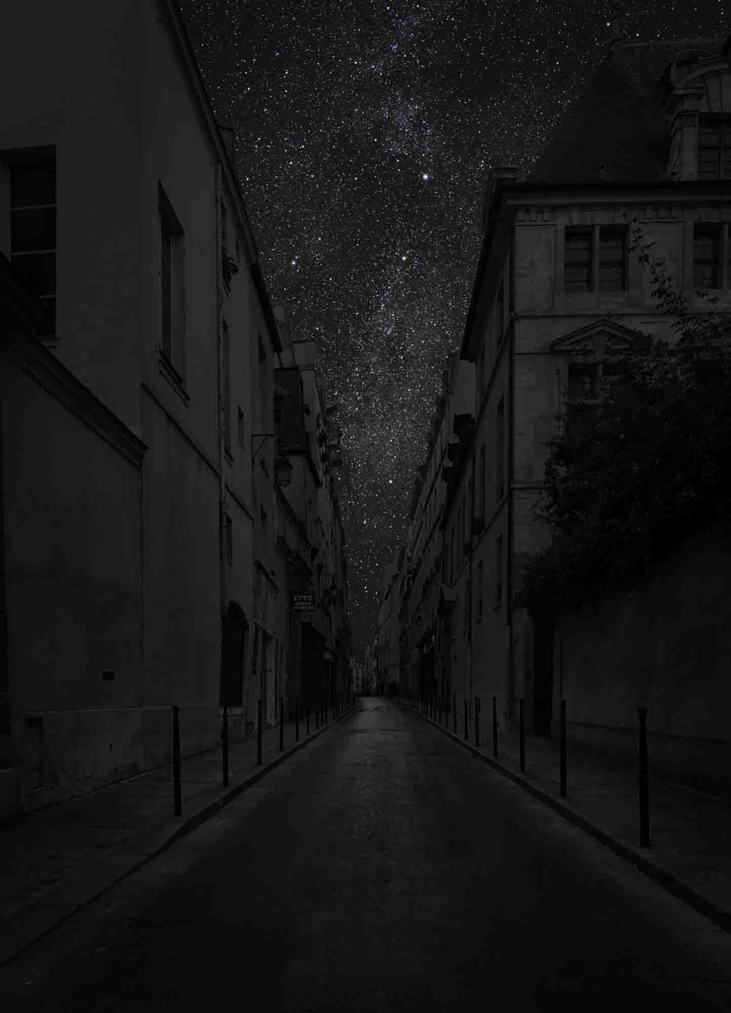 Paris 48° 51' 46'' N 2012-09-13 lst 2:16<br/>Darkened Cities - Villes éteintes