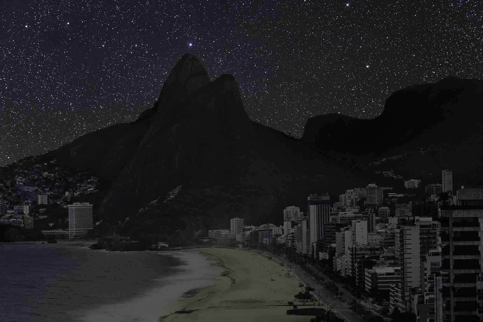 Rio de Janeiro 22° 59' 10'' S 2011-06-04 lst 22:04<br/>Darkened Cities - Villes éteintes