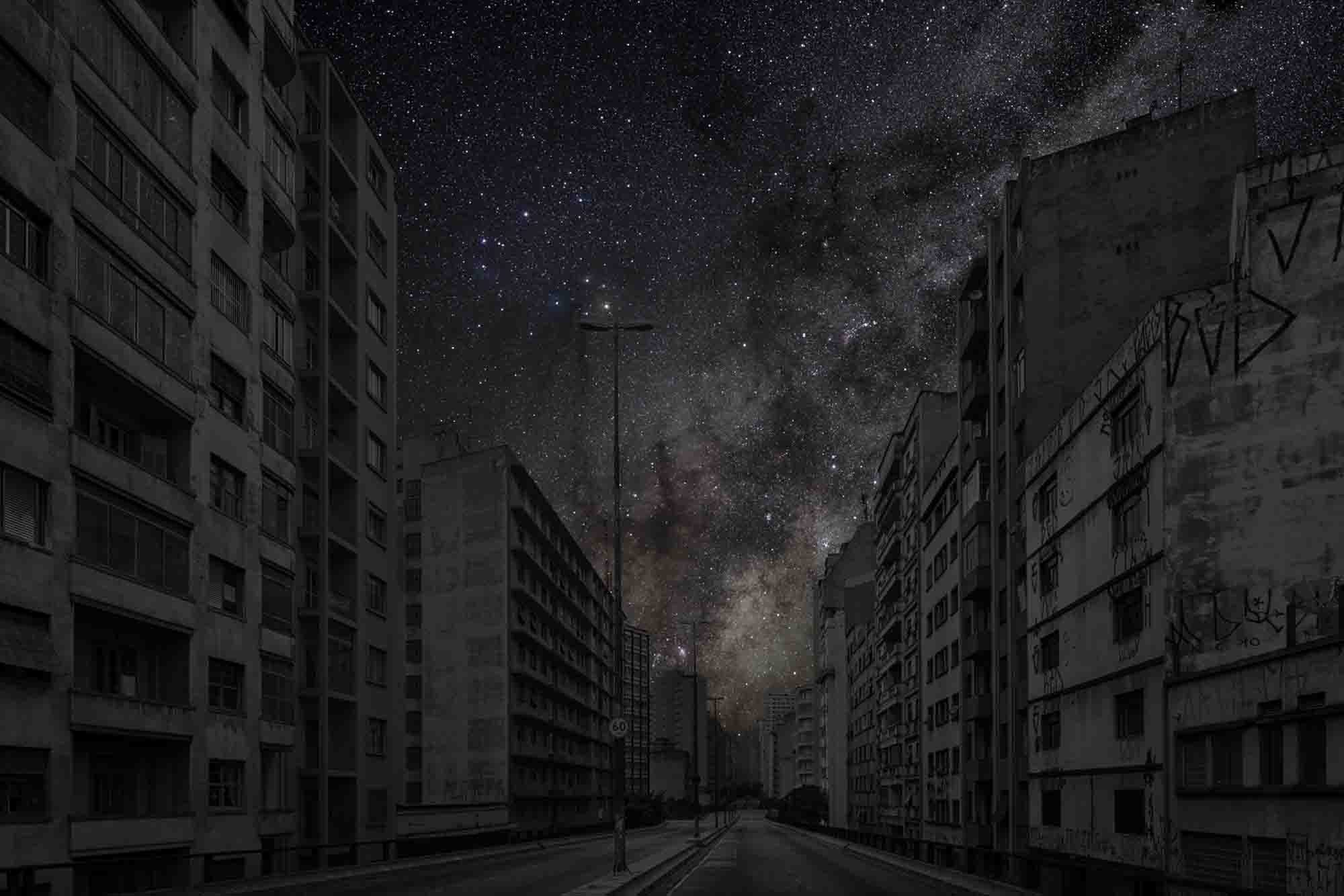 São Paulo 23° 32' 09'' S 2011-06-07 lst 11:52<br/>Darkened Cities - Villes éteintes