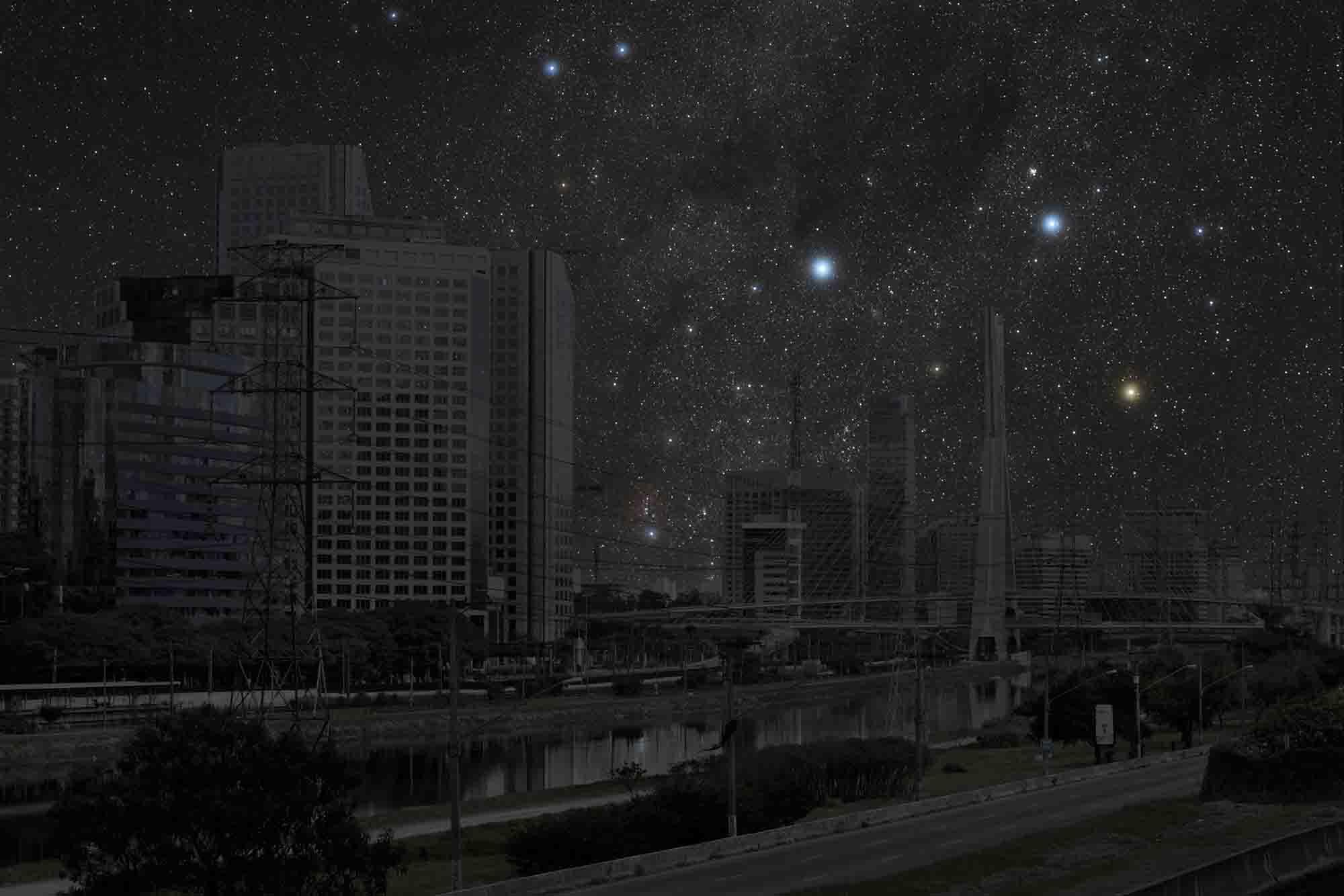 São Paulo 23° 36' 05'' S 2011-06-07 lst 19:48<br/>Darkened Cities - Villes éteintes