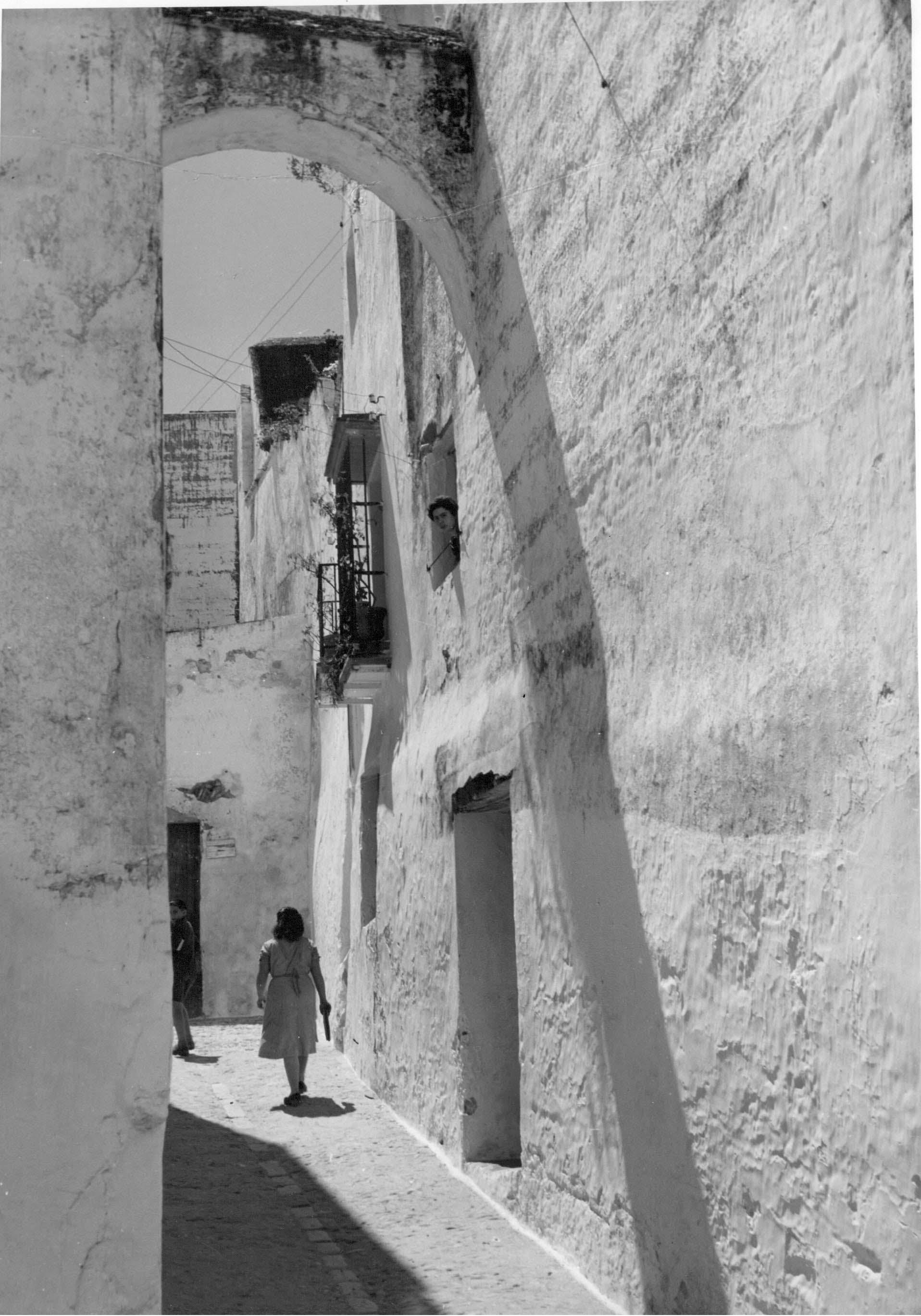 Arcos c.a. 1950<br/>Gelatina de plata / Silver gelatin print