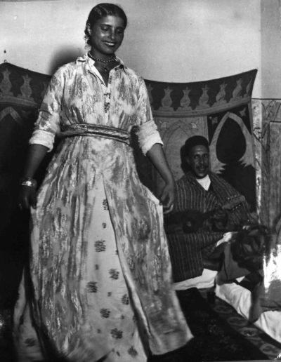 Bailarina Tajara 2. Marruecos, 1942<br/>Gelatina de plata / Silver gelatin print