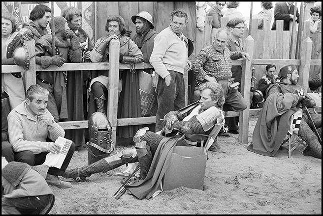 Charlton Heston, rodaje de El Cid, 1961<br/>Gelatina de clorobromuro de plata con tratamiento de archivo al selenio / Silver gelatine with archival selenium treatment