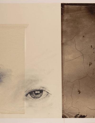 Exilio #11, 2018<br/>Impresión en Canvas mas lámina de oro y betún de Judea  70 x 100 cm Ed. Única