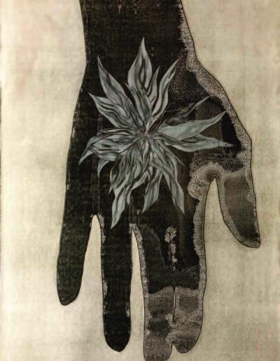 Mis manos flor, 2015<br/>Tinta china e hilo sobre papel. 140 x 100 cm