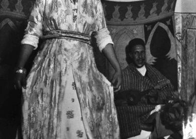 Nicolás Muller. Bailarina Tajara. marruecos, 1942<br/>Gelatina de plata